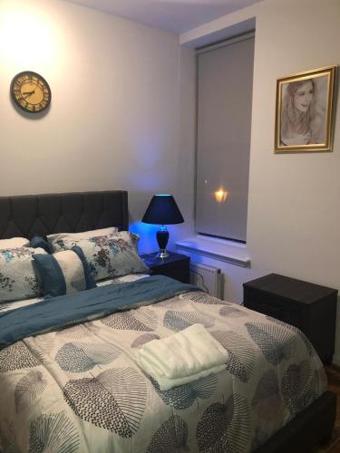 A bed or beds in a room at Treasure vacation home