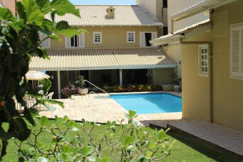 The swimming pool at or close to Quinta do Alentejo