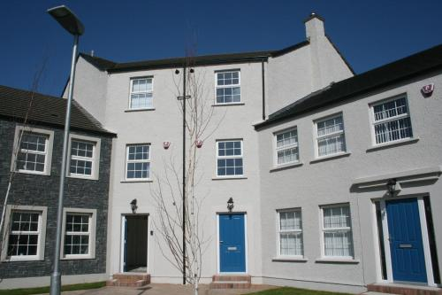 In the heart of Portrush - 4 Beds