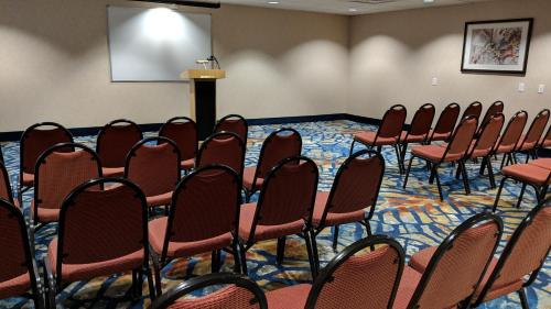 The business area and/or conference room at Best Western Plus Henderson Hotel