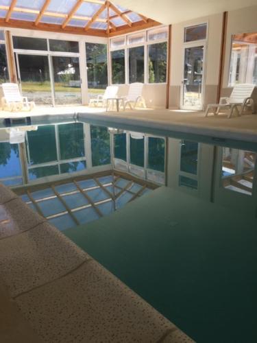 The swimming pool at or near Ayelen Andina