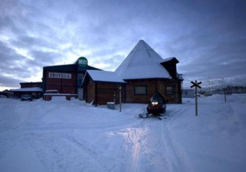 Hotel E-10 under vintern