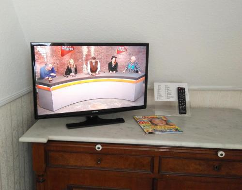 A television and/or entertainment center at Pension Jepsen