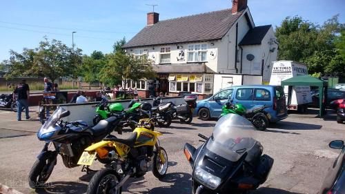 The Victoria Bikers Pub - Live Music Venue and Letting Rooms with Camping facilities