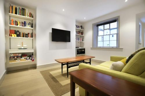 1 Bedroom Flat in Kensington