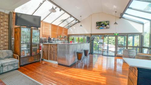 The lobby or reception area at Country 2 Coast Motor Inn Coffs Harbour