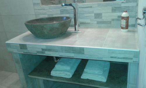 A bathroom at Menelaos Apartments
