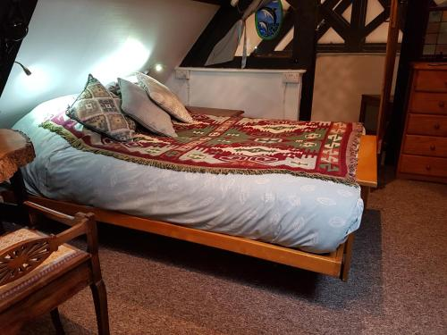A bed or beds in a room at James John Hamilton House and hostel