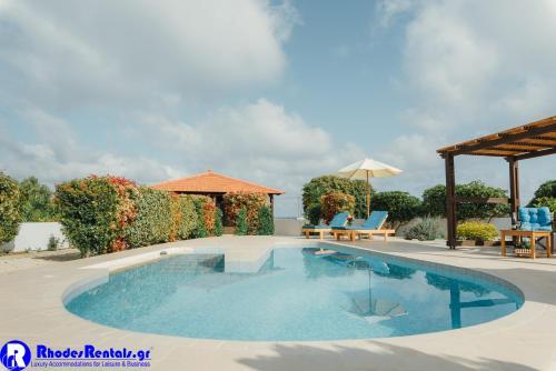 Gennadi Dreams Holiday Villa tesisinde veya buraya yakın yüzme havuzu