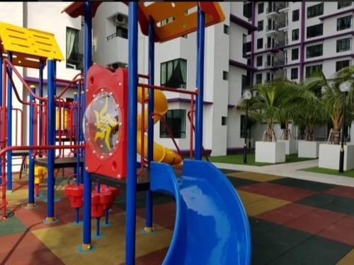 Children's play area at SkyHomestay @ The Heights Residence