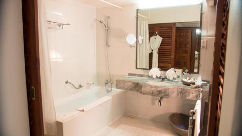 A bathroom at Lanka Princess All Inclusive Hotel