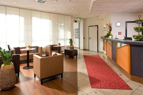 Lobby/Rezeption in der Unterkunft ACHAT Hotel Darmstadt Griesheim