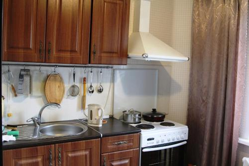 Кухня или мини-кухня в Апартаменты в Голубых озерах