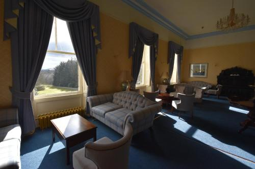 A seating area at Castle Hotel