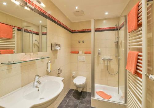 Ein Badezimmer in der Unterkunft Der Kramerhof