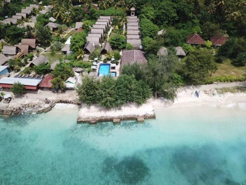 A bird's-eye view of Sandy Beach Bungalows