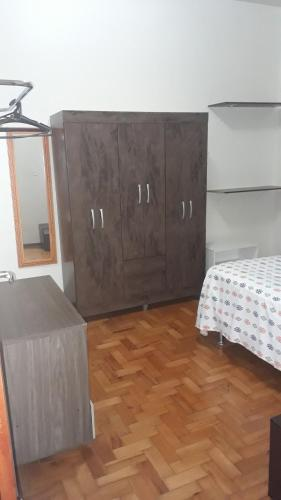 A bed or beds in a room at Apartamento Tubal
