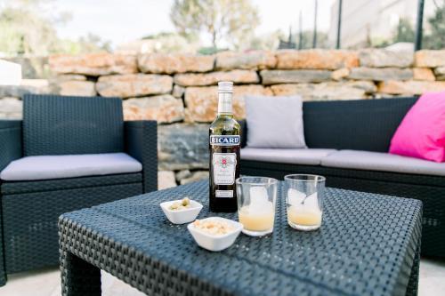 Drinks at Villa Marie - Provence Côte d'Azur