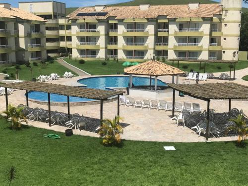 Uma vista da piscina em Aldeia das Águas Barrakana flats ou nos arredores