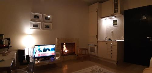 A television and/or entertainment center at Eleios