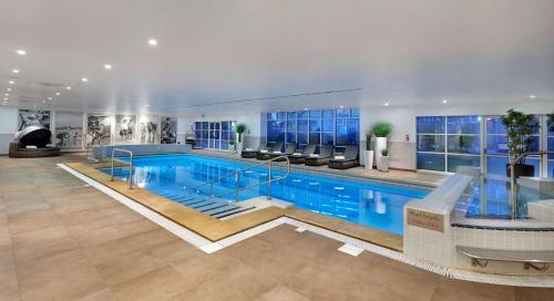 The swimming pool at or close to Hyatt Regency Birmingham