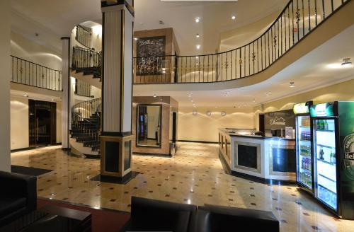 The lobby or reception area at Armenia Hotel