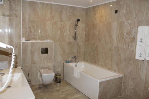 A bathroom at Moonlight Hotel - All Inclusive