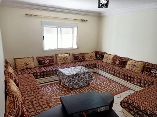 A seating area at Martil Mixta Safia