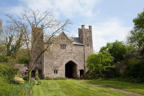 Welsh Gatehouse
