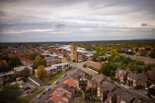 A bird's-eye view of Milton Manchester Hotel