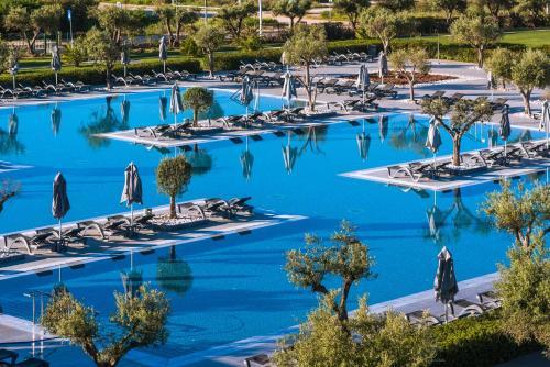 Vista de la piscina de Vila Gale Lagos o alrededores