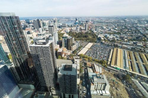 A bird's-eye view of Heart Of Central Ocean CBD View Parking available