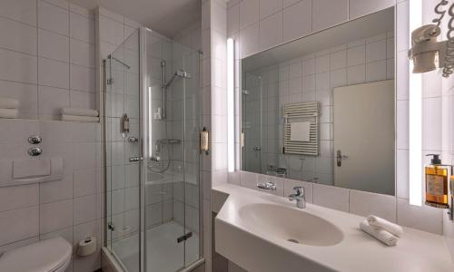 Ein Badezimmer in der Unterkunft Hotel Starnberger See