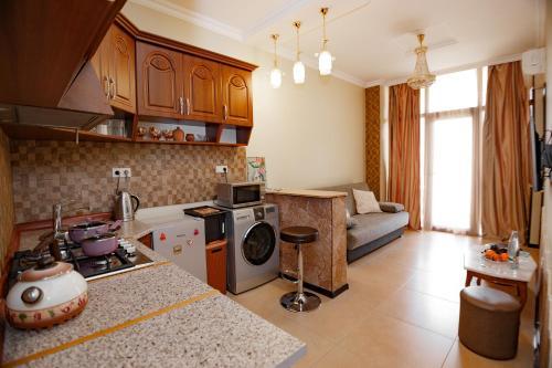 A kitchen or kitchenette at Apartment on Javakhishvili
