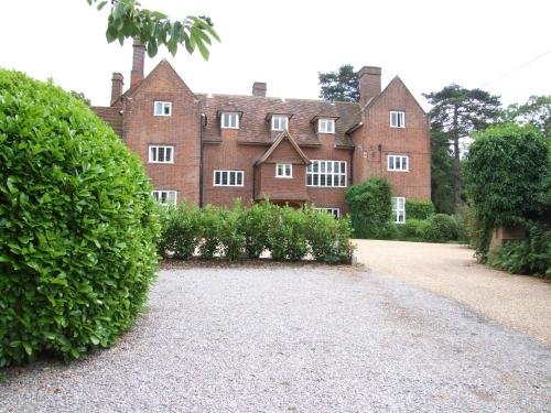 Hitchambury Manor