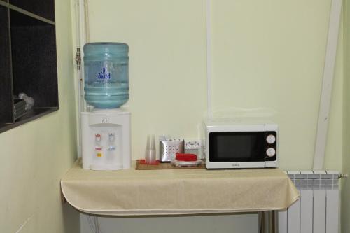 Кухня или мини-кухня в Мотель на Карельской