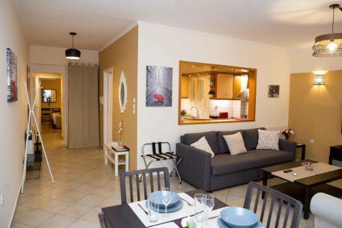 Posezení v ubytování Athens Galatsi Spacious Modern Apartment