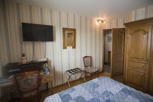 Télévision ou salle de divertissement dans l'établissement Chambres d'hôtes proche d'Annecy