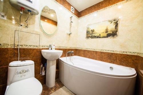 Ванная комната в 2 х комнатная квартира на Лермонтова, Набережная