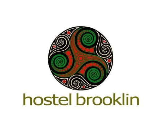 Placa ou logotipo do hostel