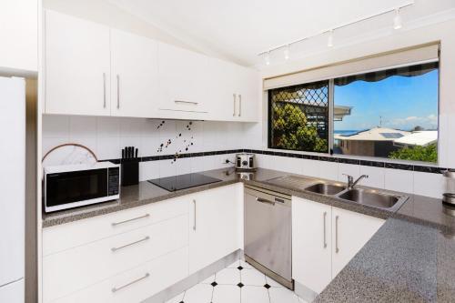 A kitchen or kitchenette at Ballantrae 8 - Sawtell, NSW