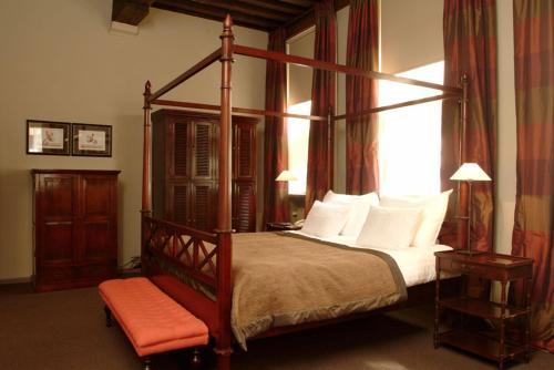 Een bed of bedden in een kamer bij Martin's Klooster