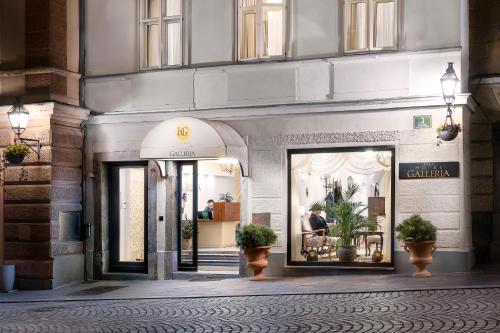 The facade or entrance of Hotel Galleria