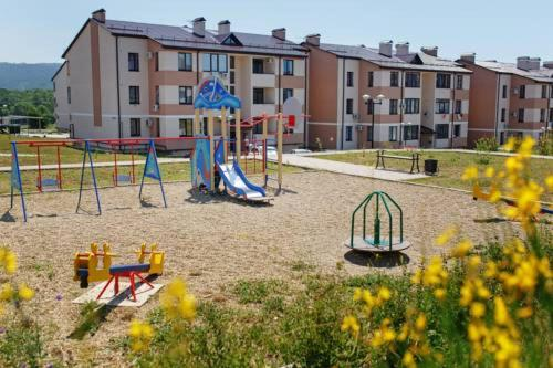 Children's play area at Apartment on Divnaia 1