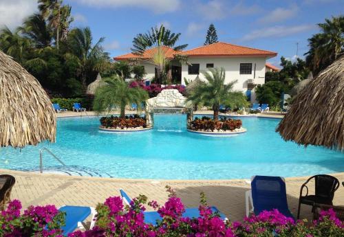 A piscina localizada em Bon Bini na Curacao ou nos arredores