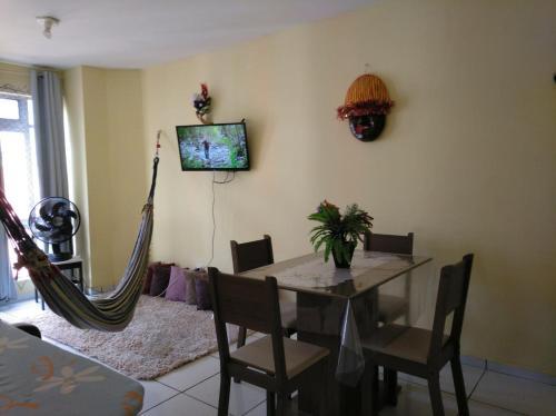 A television and/or entertainment centre at Recife Centro Apartamento