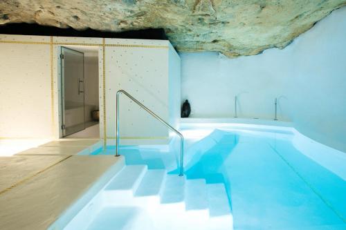 Piscine de l'établissement Hotel Can Faustino Relais & Chateaux ou située à proximité