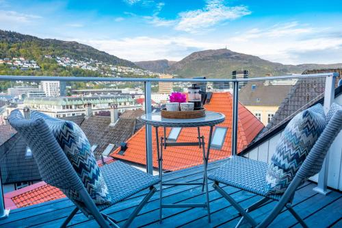 A balcony or terrace at 2 Døtre Apartments