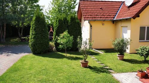 A garden outside Anna villa