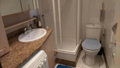 Salle de bains dans l'établissement Dezaligheid